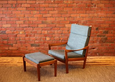ILLUM WIKKELSO lounge chair + Ottoman