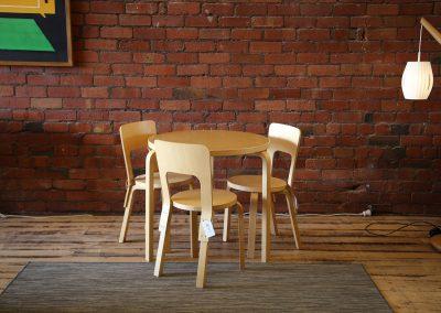 Alvar Aalto table + chairs by Artek
