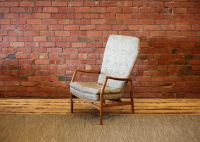 KURT OLSEN highback lounge chair