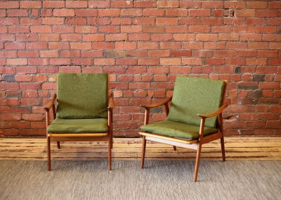 FREDRIK KAYSER arm chairs