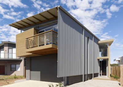 P + J Beach House @ Torquay Sands